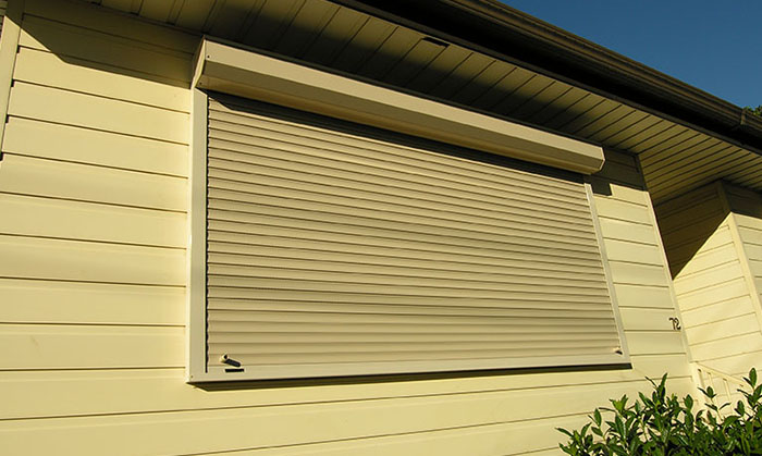 domestic-slimline-shutter-02